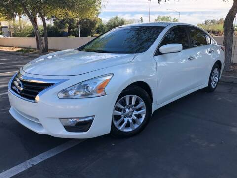2015 Nissan Altima for sale at Ideal Cars in Mesa AZ