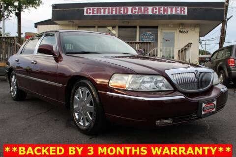 2007 Lincoln Town Car for sale at CERTIFIED CAR CENTER in Fairfax VA