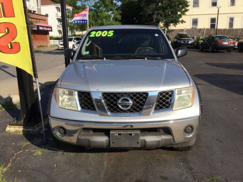 2005 Nissan Frontier for sale at Olsi Auto Sales in Worcester MA