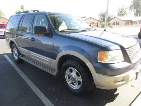 2005 Ford Expedition for sale at DORAMO AUTO RESALE in Glendale AZ