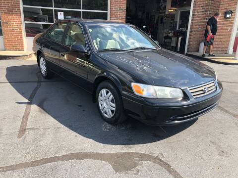 2000 Toyota Camry for sale at Hensley Auto Sales in Frankfort KY