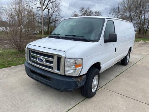 2014 Ford E-Series Cargo for sale at Mr. Auto in Hamilton OH