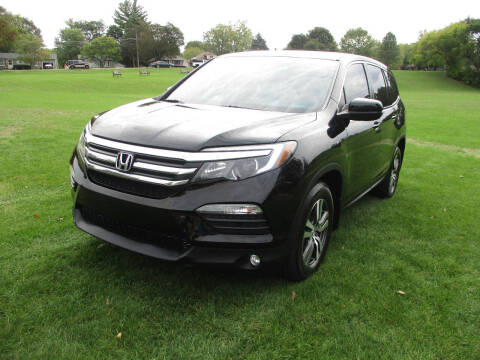 2018 Honda Pilot for sale at Triangle Auto Sales in Elgin IL