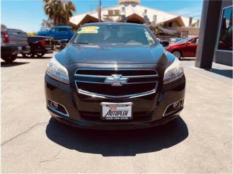 2013 Chevrolet Malibu for sale at Carros Usados Fresno in Fresno CA
