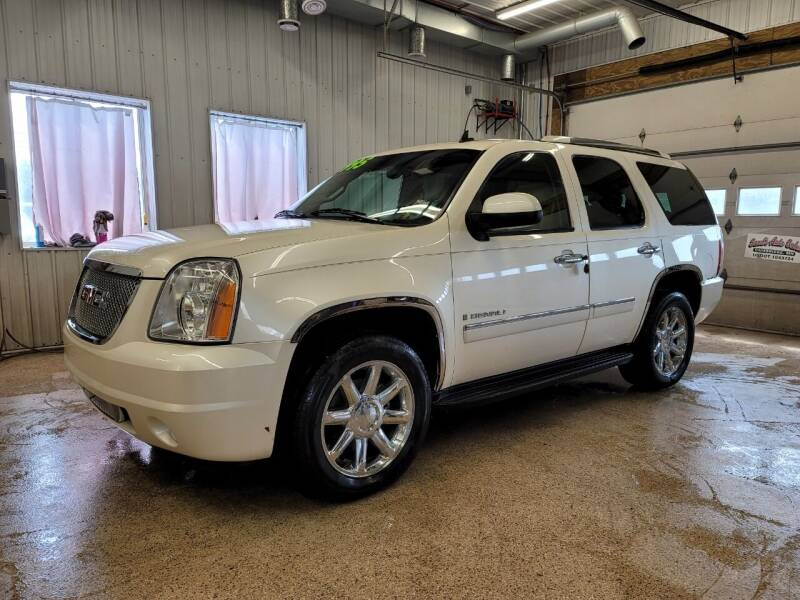 2009 GMC Yukon for sale at Sand's Auto Sales in Cambridge MN