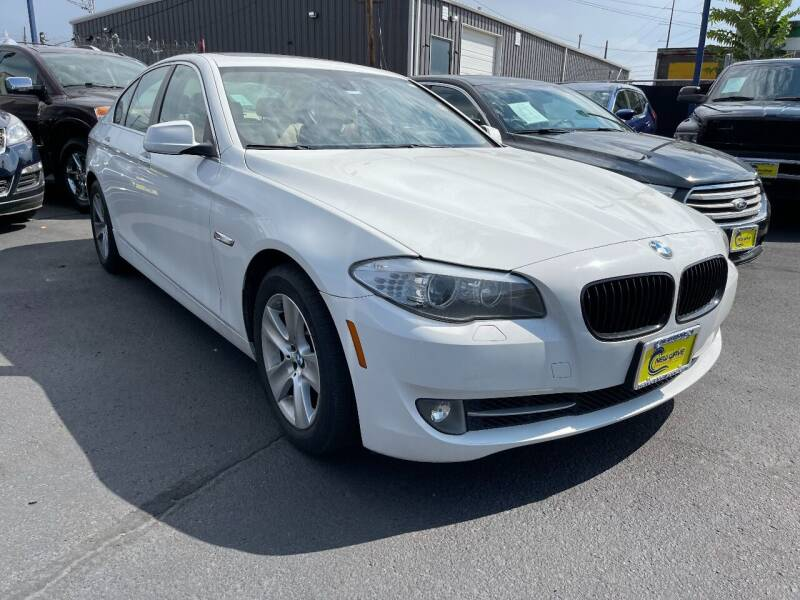 2013 BMW 5 Series for sale at New Wave Auto Brokers & Sales in Denver CO