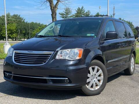 2013 Chrysler Town and Country for sale at MAGIC AUTO SALES in Little Ferry NJ
