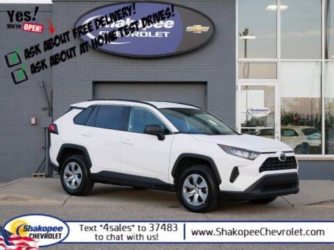 2020 Toyota RAV4 for sale at SHAKOPEE CHEVROLET in Shakopee MN
