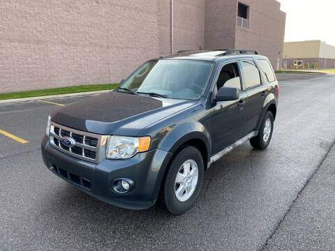 2009 Ford Escape for sale at JE Autoworks LLC in Willoughby OH