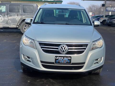 2010 Volkswagen Tiguan for sale at Lewis Blvd Auto Sales in Sioux City IA