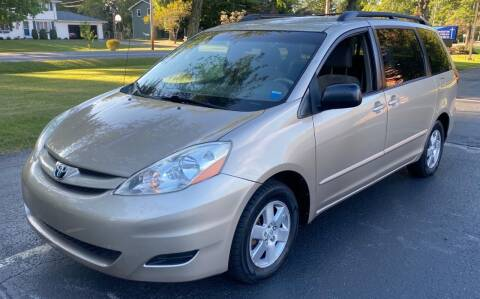 2008 Toyota Sienna for sale at Select Auto Brokers in Webster NY