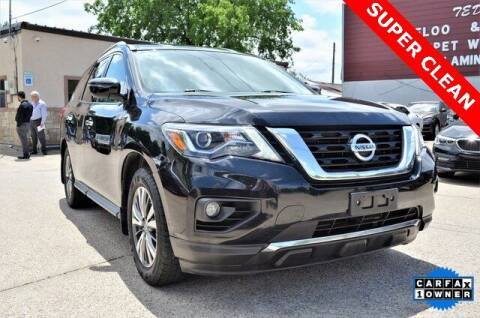 2017 Nissan Pathfinder for sale at LAKESIDE MOTORS, INC. in Sachse TX