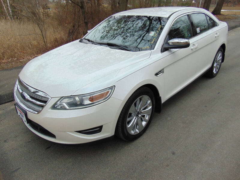 2010 Ford Taurus for sale at Lakewood Auto in Waterbury CT