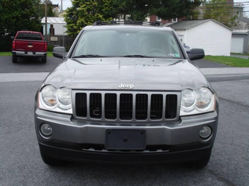 2007 Jeep Grand Cherokee for sale at Pete's Bridge Street Motors in New Cumberland PA