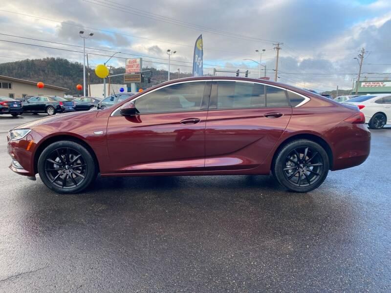 2019 Buick Regal Sportback Preferred 4dr Sportback - Roseburg OR