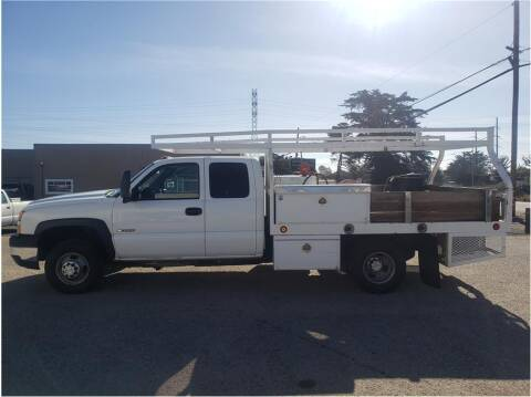 2006 Chevrolet Silverado 3500 for sale at Dealers Choice Inc in Farmersville CA