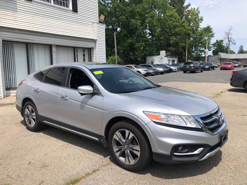 2014 Honda Crosstour for sale at Chris Auto Sales in Springfield MA