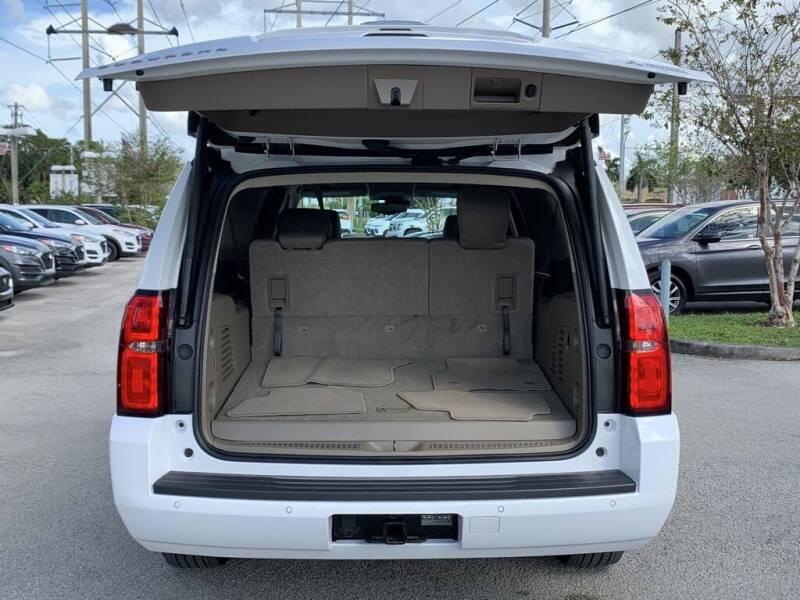 2018 Chevrolet Suburban 4x2 LT 1500 4dr SUV - Davie FL