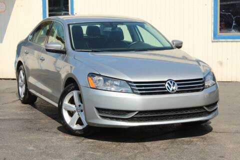 2013 Volkswagen Passat for sale at Dynamics Auto Sale in Highland IN