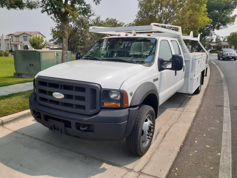 2005 Ford 550 for sale at Armstrong Truck Center in Oakdale CA