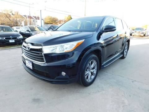 2016 Toyota Highlander for sale at AMD AUTO in San Antonio TX