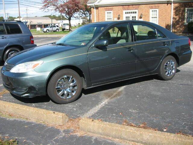 2004 Toyota Camry for sale at HL McGeorge Auto Sales Inc in Tappahannock VA