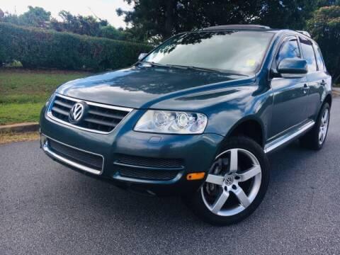 2005 Volkswagen Touareg for sale at Atlanta United Motors in Buford GA