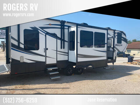 2016 MOMENTUM 327 for sale at ROGERS RV in Burnet TX