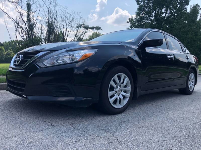 2018 Nissan Altima for sale at Chris Motors in Decatur GA