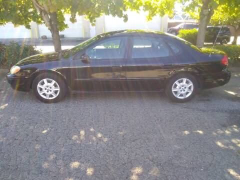 2004 Ford Taurus for sale at Car Guys in Kent WA