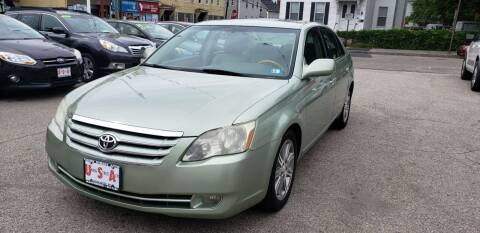 2006 Toyota Avalon for sale at Union Street Auto in Manchester NH