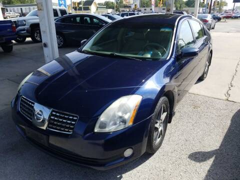 2006 Nissan Maxima for sale at SpringField Select Autos in Springfield IL