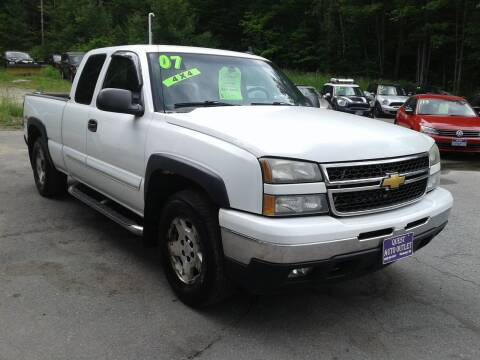 2007 Chevrolet Silverado 1500 Classic for sale at Quest Auto Outlet in Chichester NH