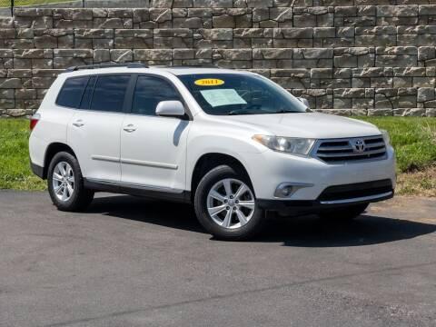 2011 Toyota Highlander for sale at Car Hunters LLC in Mount Juliet TN