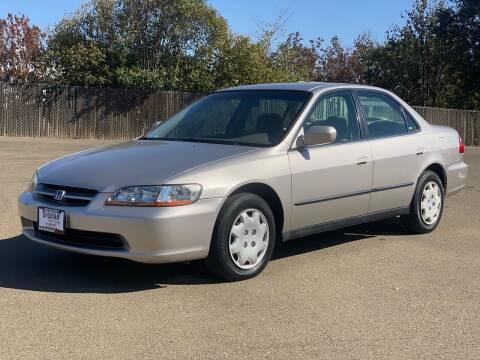 1999 Honda Accord for sale at SHOMAN MOTORS in Davis CA