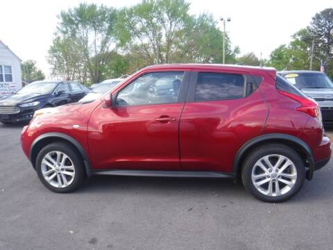 2011 Nissan JUKE for sale at Rob Co Automotive LLC in Springfield TN
