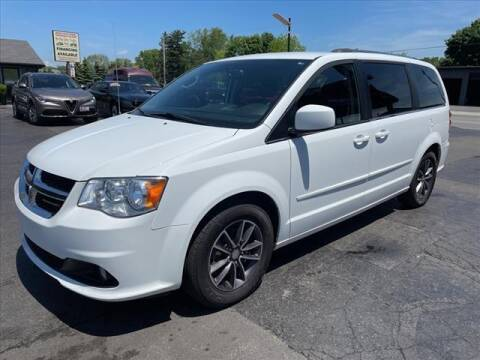 2017 Dodge Grand Caravan for sale at HUFF AUTO GROUP in Jackson MI