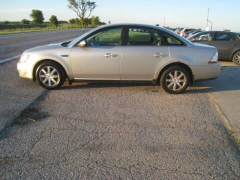 2008 Ford Taurus for sale at BEST CAR MARKET INC in Mc Lean IL