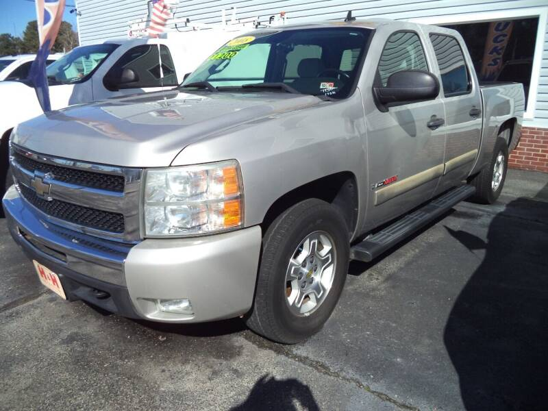 2008 Chevrolet Silverado 1500 for sale at H and H Truck Center in Newport News VA