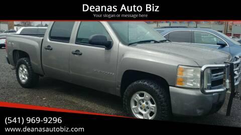 2008 Chevrolet Silverado 1500 for sale at Deanas Auto Biz in Pendleton OR