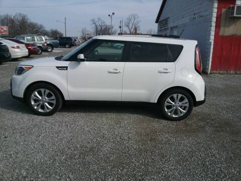 2015 Kia Soul for sale at MIKE'S CYCLE & AUTO in Connersville IN
