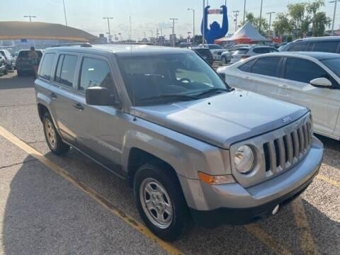 2017 Jeep Patriot for sale at Camelback Volkswagen Subaru in Phoenix AZ