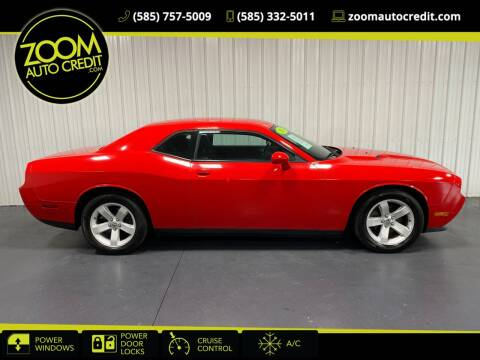 2014 Dodge Challenger for sale at ZoomAutoCredit.com in Elba NY