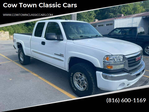 2004 GMC Sierra 2500HD for sale at Cow Town Classic Cars in Kansas City MO