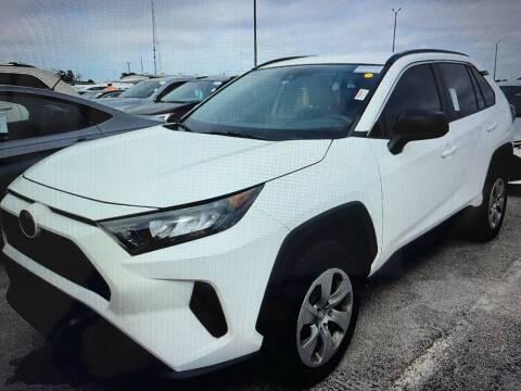2019 Toyota RAV4 for sale at FLORIDA CAR TRADE LLC in Davie FL