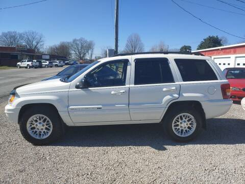 2002 Jeep Grand Cherokee for sale at VAUGHN'S USED CARS in Guin AL