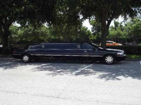 2005 Lincoln Town Car for sale at Classic Car Deals in Cadillac MI