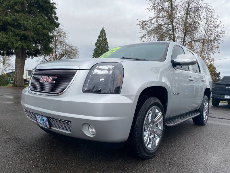 2012 GMC Yukon for sale at Pacific Auto LLC in Woodburn OR