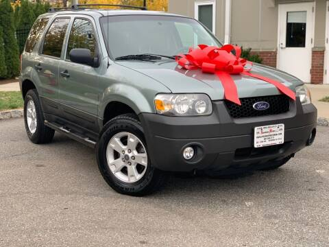 2007 Ford Escape for sale at Speedway Motors in Paterson NJ