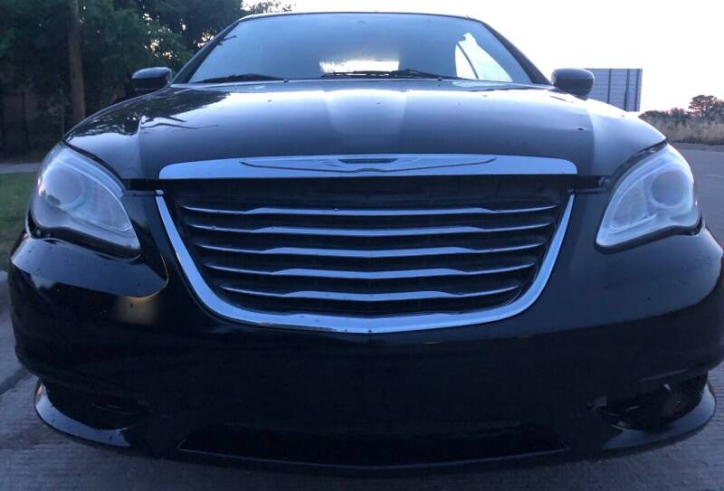 2012 Chrysler 200 Convertible for sale at Car Super Center in Fort Worth TX